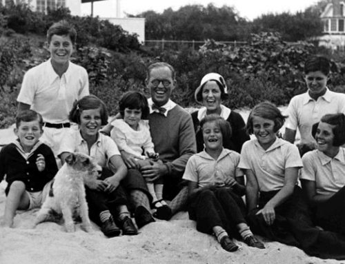 Rose and Joe Kennedy with eight of their nine children, 1931