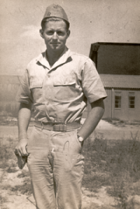 Last_photo_taken_of_Joseph_P._Kennedy_Jr._on_August_12,_1944