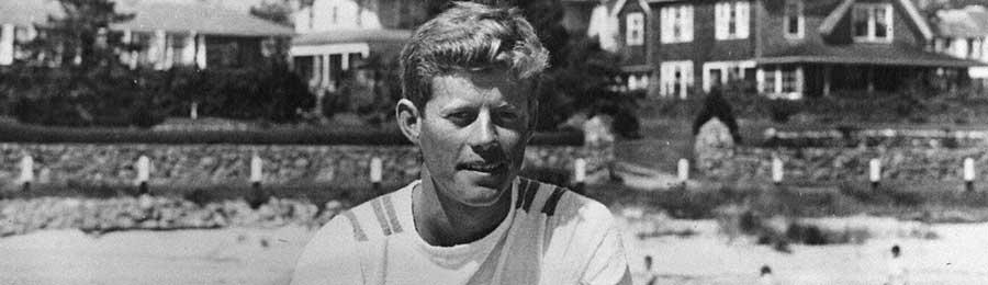 young JFK in hyannisport